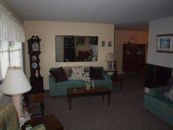 14 Reed Rd, Peabody, MA 01960