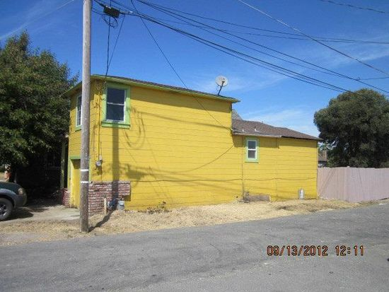 63 Airport Rd, Freedom, CA 95019