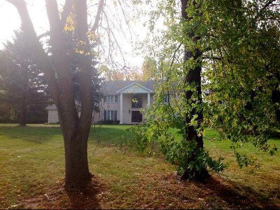 15 Country Oaks Ln, Barrington, IL 60010