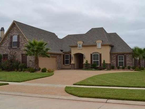 1016 Spanish Moss Cir, Bossier City, LA 71111
