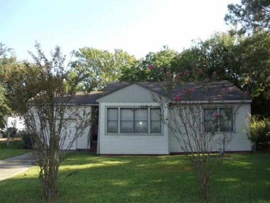 3122 Walnut Ave, Groves, TX 77619