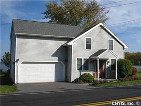 7087 Lakeshore Rd, Cicero, NY 13039