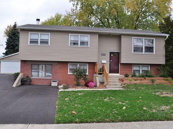 7324 Willow Ave, Woodridge, IL 60517