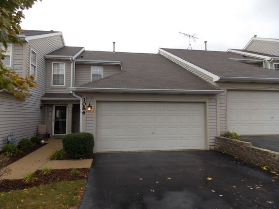 1086 Horizon Rdg, Lake In The Hills, IL 60156
