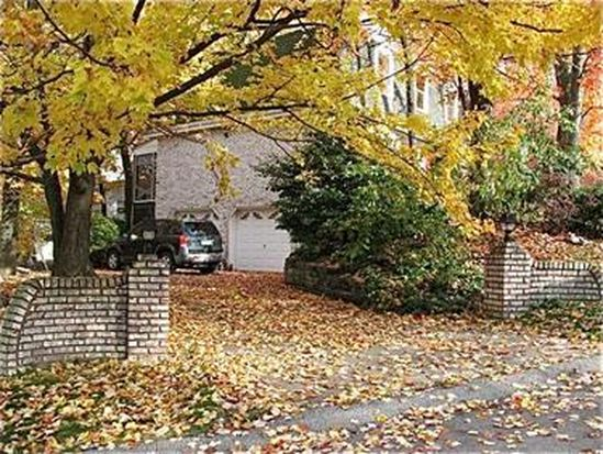 106 Hidden Valley Dr, Pittsburgh, PA 15237