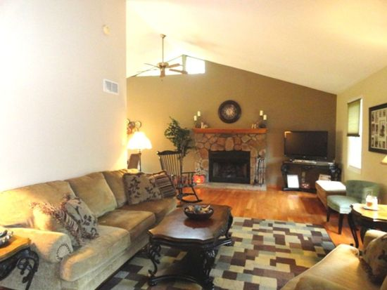 4812 Mapledale Dr, Homestead, PA 15120