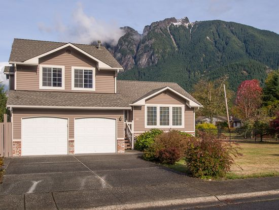 300 NE 4th St, North Bend, WA 98045