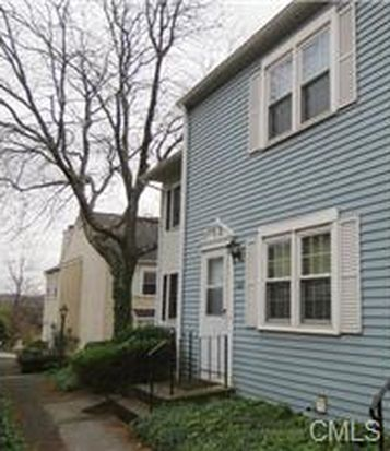 55 Mill Plain Rd UNIT 3-2, Danbury, CT 06811