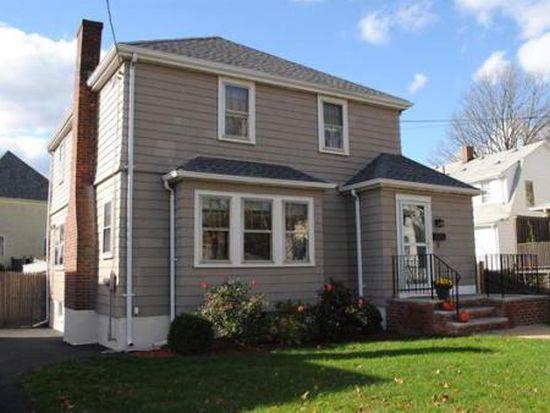 9 Schoolhouse Rd, Medford, MA 02155