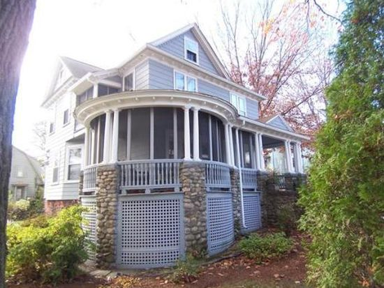 10 Brownell St, Worcester, MA 01602