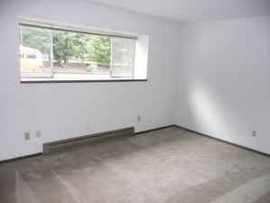29560 SW Brown Rd APT 1, Wilsonville, OR 97070