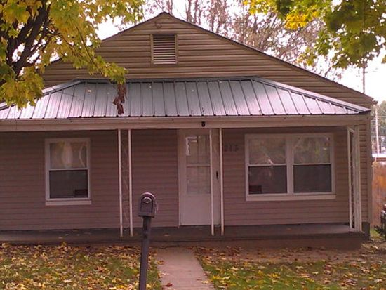 213 Mahan St, Oak Hill, WV 25901