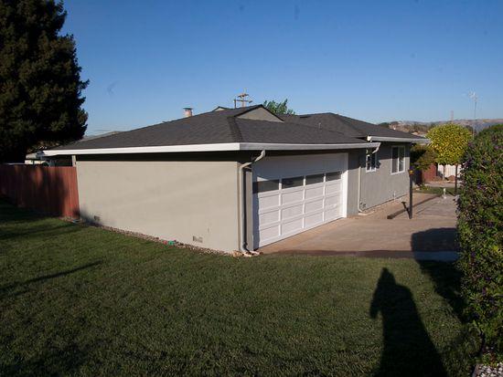 695 W Dunne Ave, Morgan Hill, CA 95037