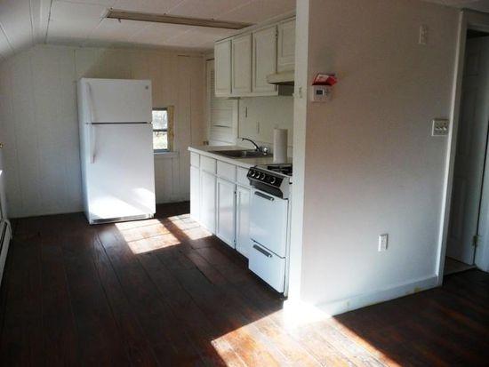 18 Eden Hill Rd, Newtown, CT 06470