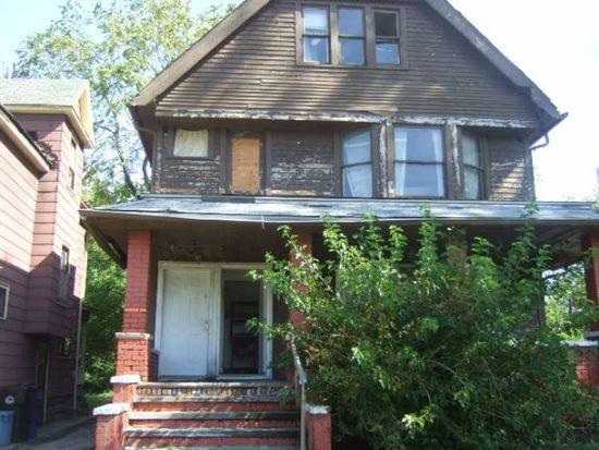 753 Parkwood Dr, Cleveland, OH 44108