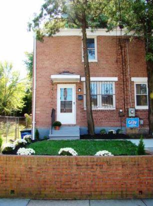 5533 B St SE, Washington, DC 20019