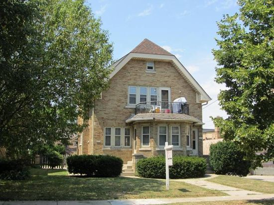 2661 N 67th St, Wauwatosa, WI 53213