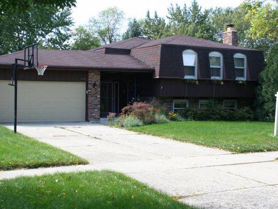 1610 S Prospect St, Wheaton, IL 60189
