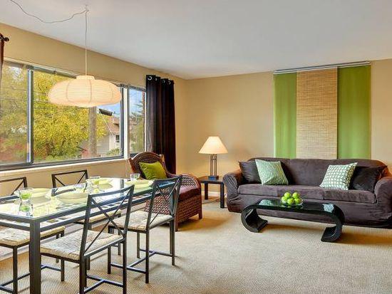 4301 Whitman Ave N APT 4, Seattle, WA 98103
