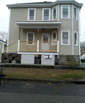93 Metacomet Ave, Rumford, RI 02916