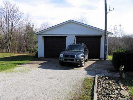 60 Boyce St, Lawrence, PA 15055