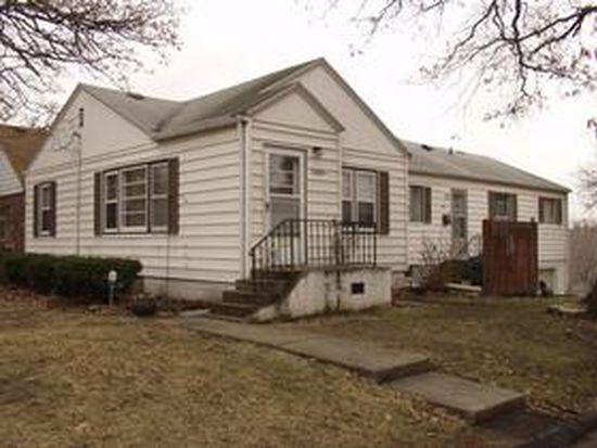 2426 Prospect Rd, Des Moines, IA 50310