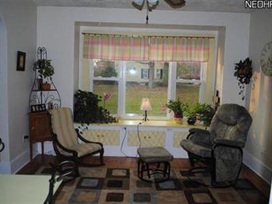 5957 Mayburn Barclay Rd, Farmdale, OH 44417