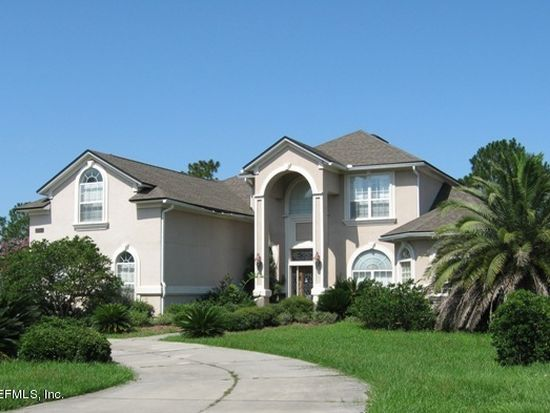 10132 Deercreek Club Rd E, Jacksonville, FL 32256