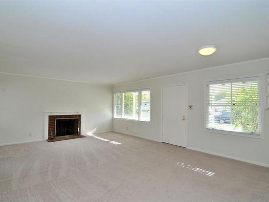 2732 Kensington Rd, Redwood City, CA 94061