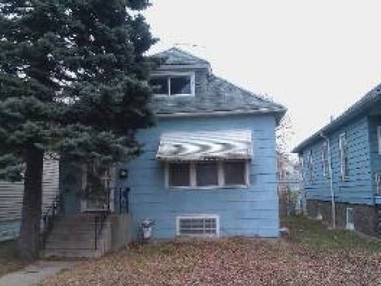 8637 S Essex Ave, Chicago, IL 60617
