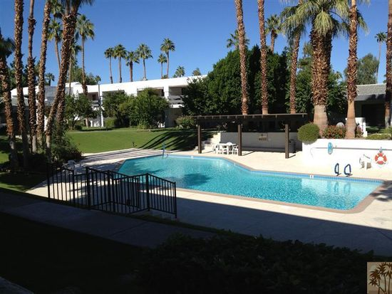 5301 E Waverly Dr APT 135, Palm Springs, CA 92264