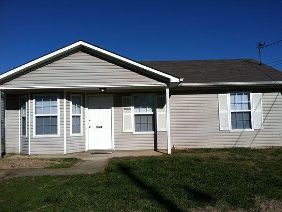 1042 Shadow Ridge Ave, Oak Grove, KY 42262