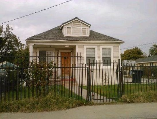 4151 Sweetwater Ave, Sacramento, CA 95820