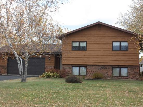 1518 Cypress Rd, Saint Cloud, MN 56303