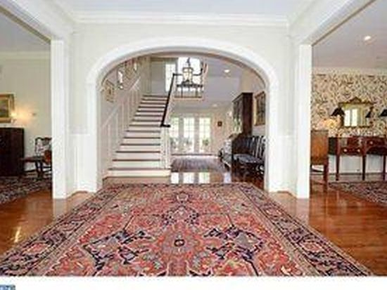 204 Carriage Ln, Newtown Square, PA 19073