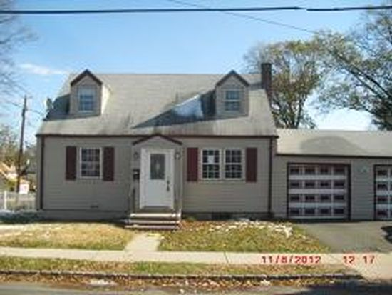 3 S Franklin Ave, Bergenfield, NJ 07621