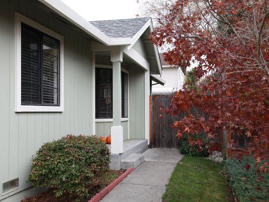 826 Macmahan Way, Petaluma, CA 94954