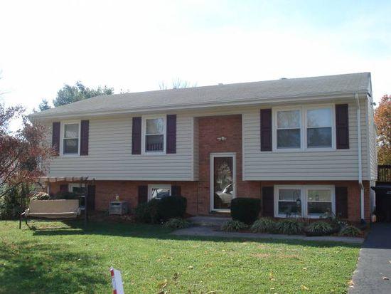 5656 Meadowcrest St, Roanoke, VA 24019