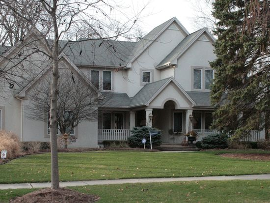 432 S Prairie Ave, Elmhurst, IL 60126