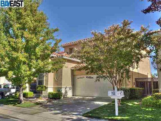 28 Terraced Hills Cir, San Ramon, CA 94583