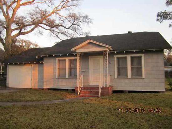 2320 Glenwood Dr, Port Arthur, TX 77642