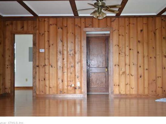 18 Lookout Dr, East Haddam, CT 06423