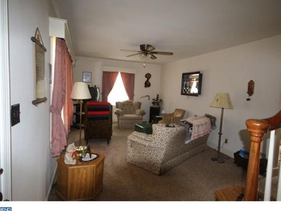 290 Clarksville Rd, Princeton Junction, NJ 08550