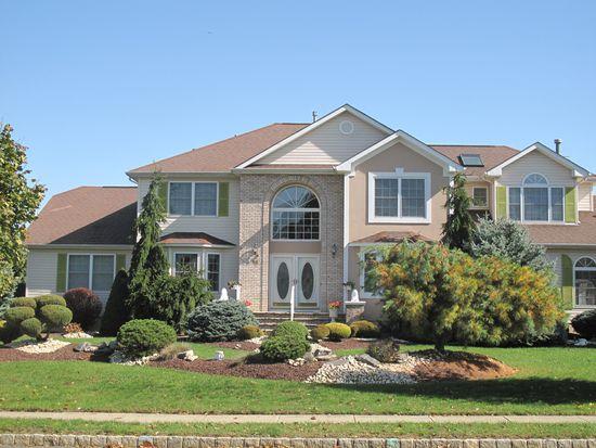 18 Verdi Rd, Monroe Township, NJ 08831