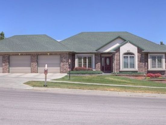 6432 Muirfield Dr, Rapid City, SD 57702