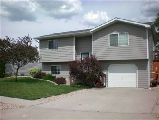 5236 Basswood St, Rapid City, SD 57703