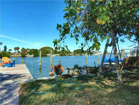 16440 Redington Dr, Redington Beach, FL 33708