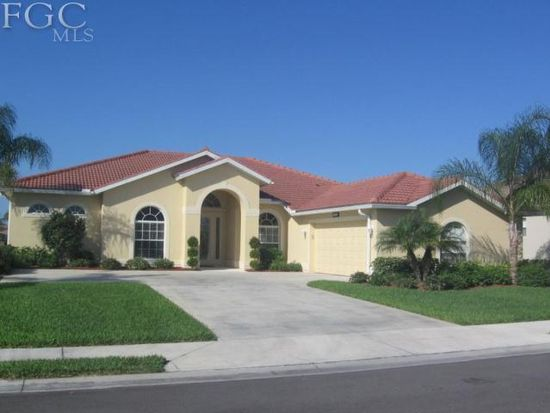 9846 Weather Stone Pl, Fort Myers, FL 33913