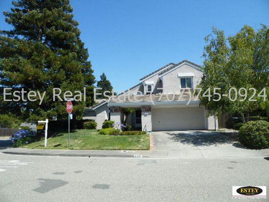 698 Abbey Ct, Benicia, CA 94510