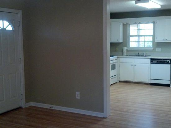 923 Ridge Rd, Benton, AR 72015